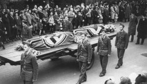 stab-i003akampfgeschwader-30-junkers-ju-88a-1-4d-002b-ak-hauptmann_-helmut-pohle-crew-burials-003a2